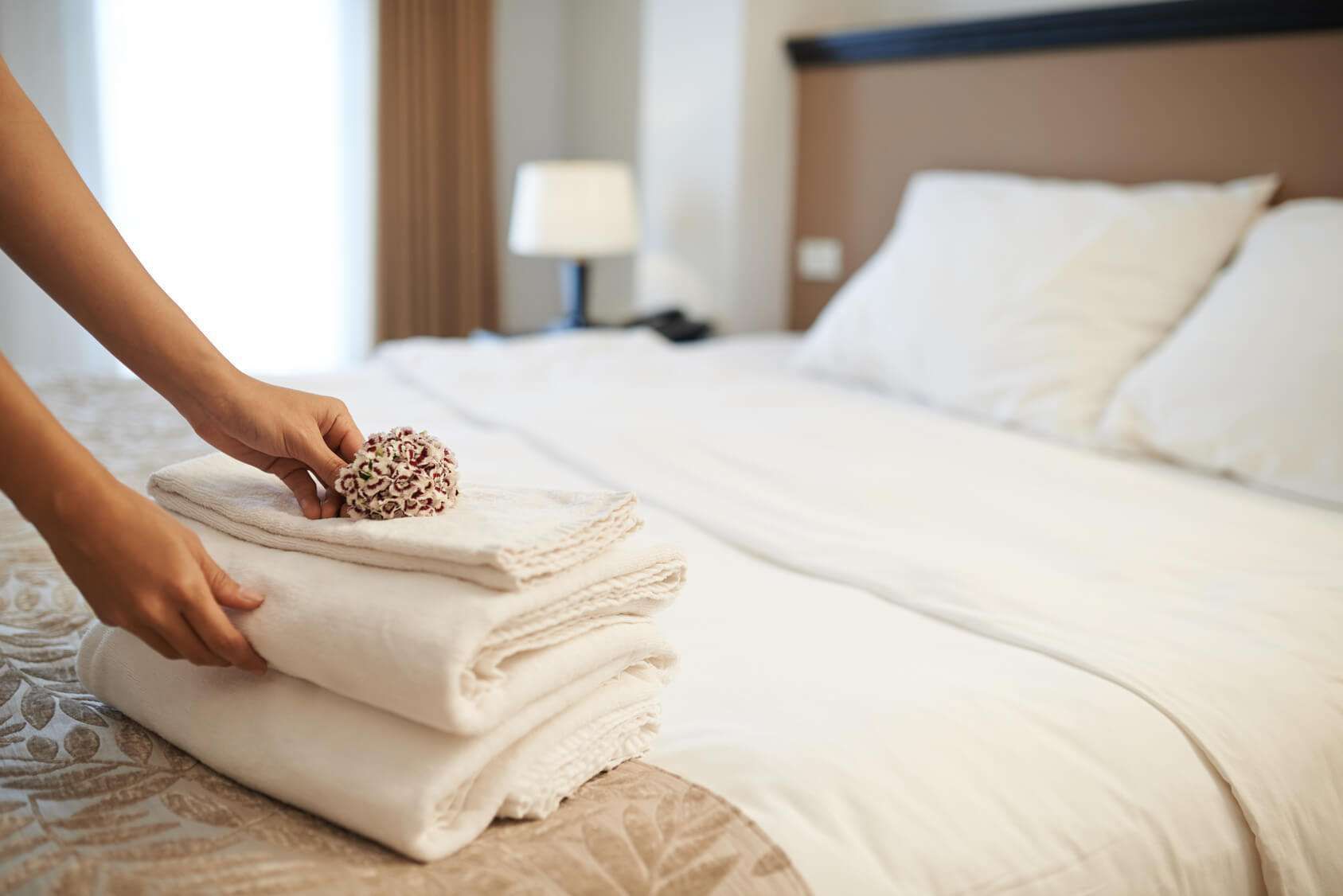 Saatva Mattress is a great design to alleviate back pain while sleeping.